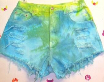 27 inch waist.........Vintage High Waisted TIE  Dyed  Denim Shorts