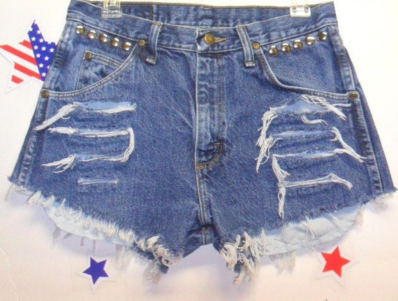 Vintage Wrangler   Distressed Denim Shorts - Studded--- -Waist  30  inches