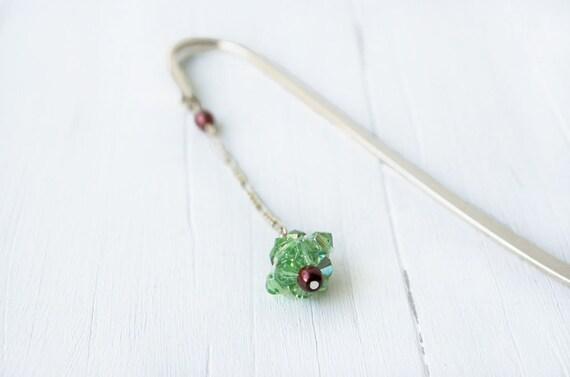Green Crystal Bookmark: Beaded Bookmark, Peridot Green, Bead Bookmark, Gift, August Birthstone, Metal Bookmark, Swarovski, Beaded Bead