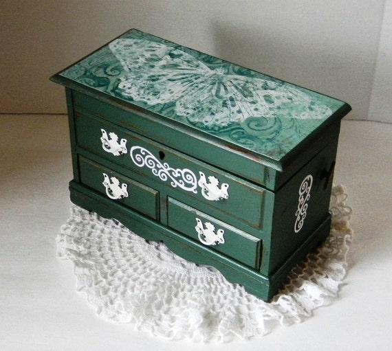 Shabby and Chic Jewelry Box Decoupage Music by BrisNanaJoy