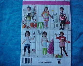 Simplicity 1954 S,M,L Girls Costume  Aprons.