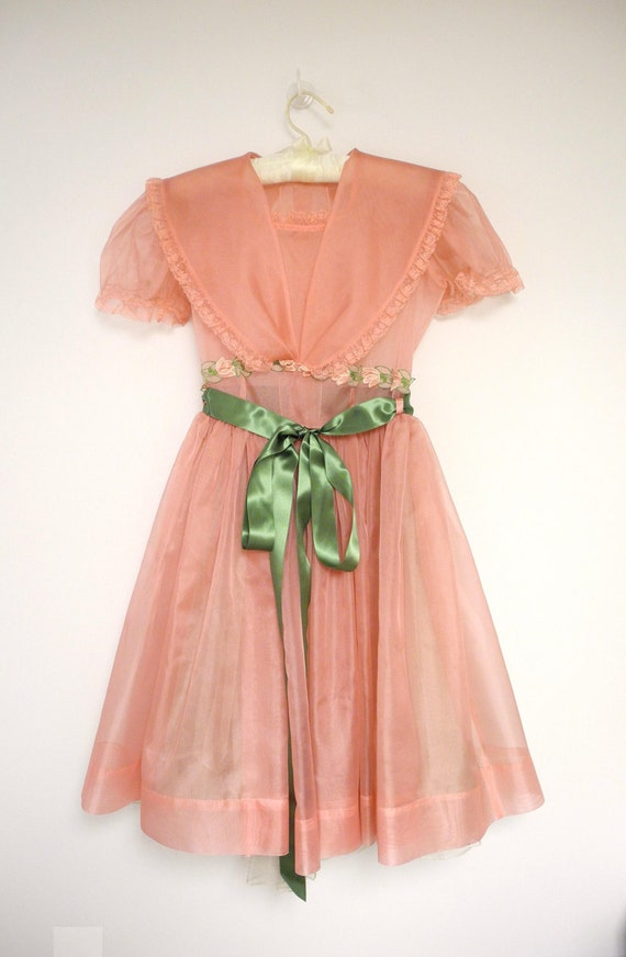 1950's Mauve Pink Chiffon and Lace Party Dress
