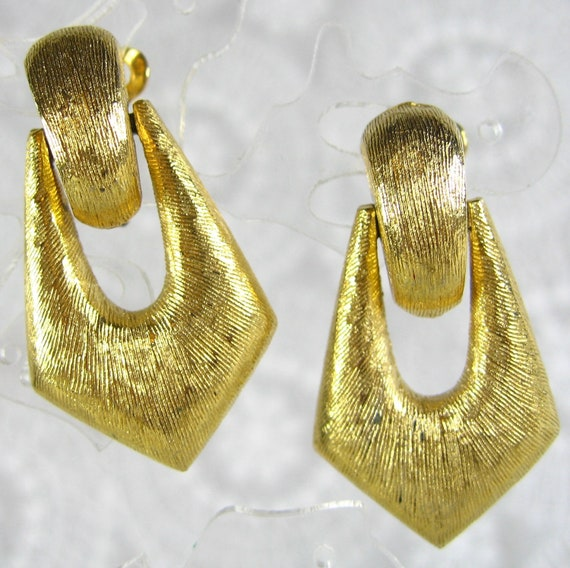 Vintage Dangle Earrings, Chunky Geometric Triangles, Gold Tone, Mad Men Modernist, Clip-ons, 1950s Mad Men Costume Jewelry