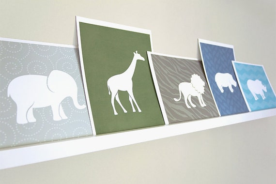 Giraffe Art Print / Safari Wild Animal Set / Choose your Colors and Background / 8x10 / Wall Art Poster