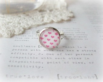 Silver Round Pink & White Loveheart Ring