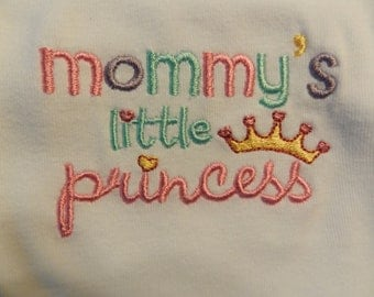 Embroidered Mommy's Little Princess with her own little crown Bib