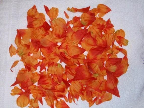 200 Silk Rose Petals ORANGE Wedding Flower Decorations Party Decorations Bridal