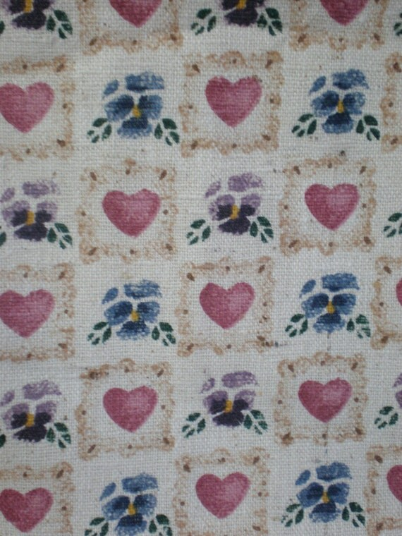 Fabric Heart Pansy Country Print Daisy Kingdom Cotton Oatmeal Blue Red