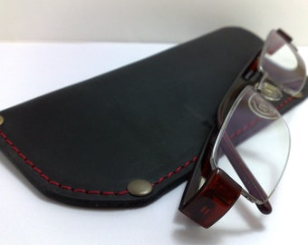 Eye Glasses Case, Reading glass covers in black genuine leather handmade personalized free monogramming