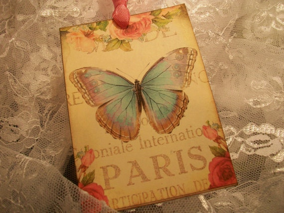 Paris Butterfly Tags   TG 087   ( Set of 6 )