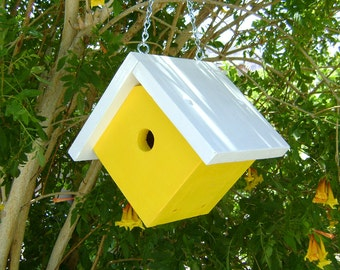 WOOD BIRDHOUSE, Yellow and White, Handmade, for Wrens