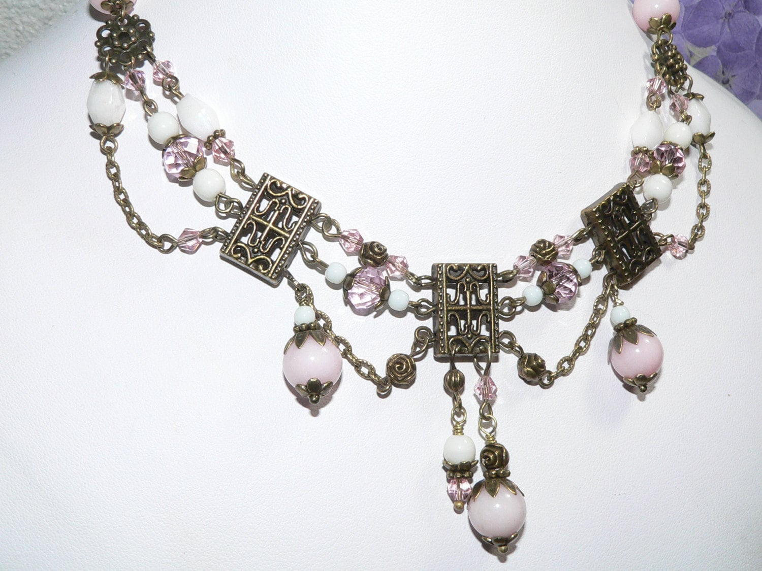 vintage style jewelry beaded chain necklace pink