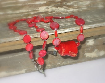 """Red coral and red shell necklace, 21""""L"""