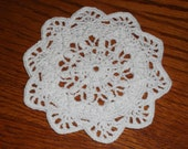 Small Crocheted Doily (029)
