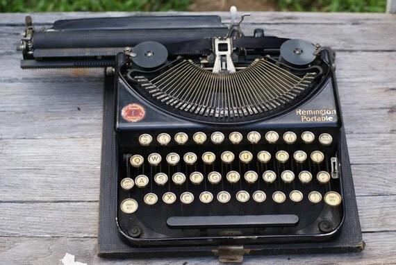 Orwell's Antique Remington 1920s Typewriter. Working Portable Remington with Case. Wedding Decor. Glass Keys