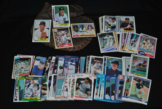 Lot of 100 Assorted Vintage New York Yankees Baseball Cards