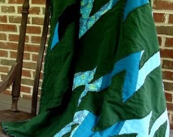 ocean wave rag quilt, lap quilt, dark green, ocean blue, throw, rag quilt blanket