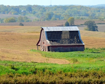 Barn Red Old Chippy Paint Rustic Wood Rural Missouri 8x10 Wall Print Landscape Photography