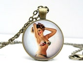 Pin up Girl Necklace - Retro Jewelry - Pinup Art - Sexy Gifts - Sexy Girl - Gifts for Her - Handmade Gifts - Birthday Gift - Vintage Pinup
