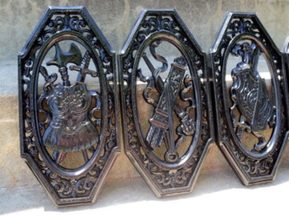 Black Vintage Plaque 4 Piece Set Weapons Armour