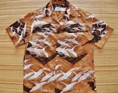Mens Vintage 70s Malihini Birds in Flight Mod Beach Migration Hawaiian Tiki Shirt - M - The Hana Shirt Co