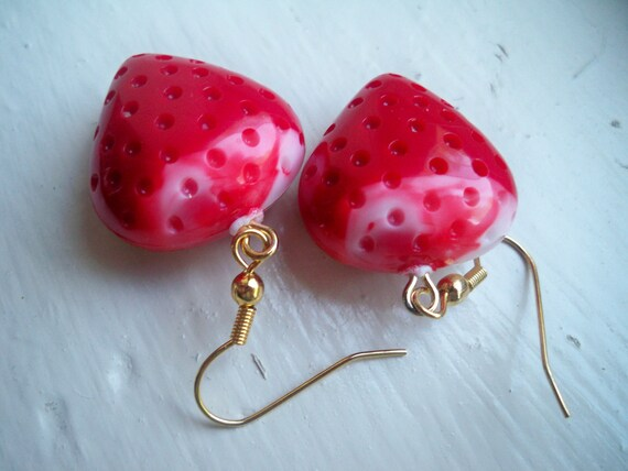 Vintage Lucite Strawberry Heart Charm Earrings