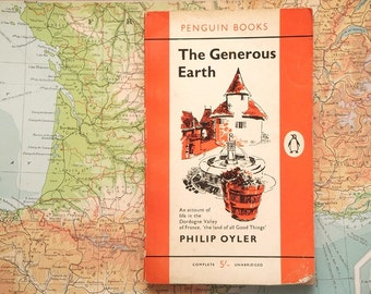 Vintage Dordogne Valley book The Generous Earth by Philip Oyler