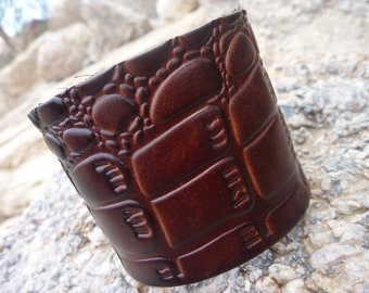 Leather Bracelet.Brown Leather Bangle/Cuff Bracelet . Unisex