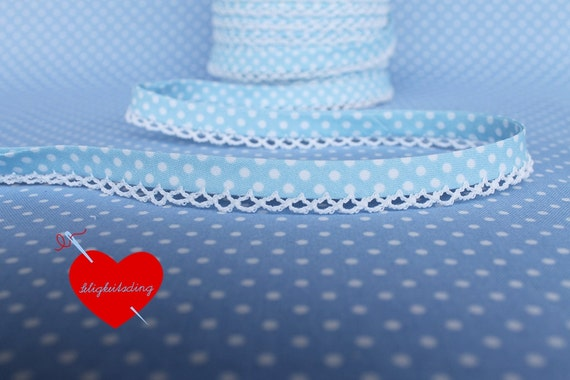 "3 meters bias tape ""little dots"" in light blue with crochet lace in white"