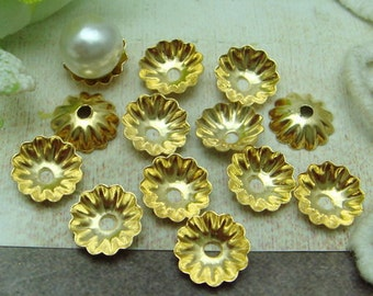 24  Pcs Gold Plated  Bead Cap, 8 mm (CN801)