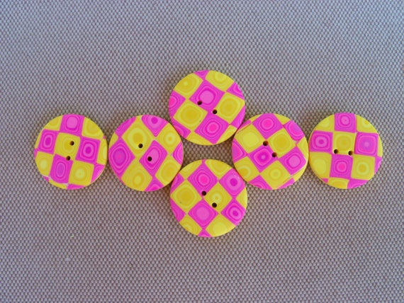 Handmade Buttons, polymer clay, 3/4 inch, set of 6, pink and yellow Klimt pattern