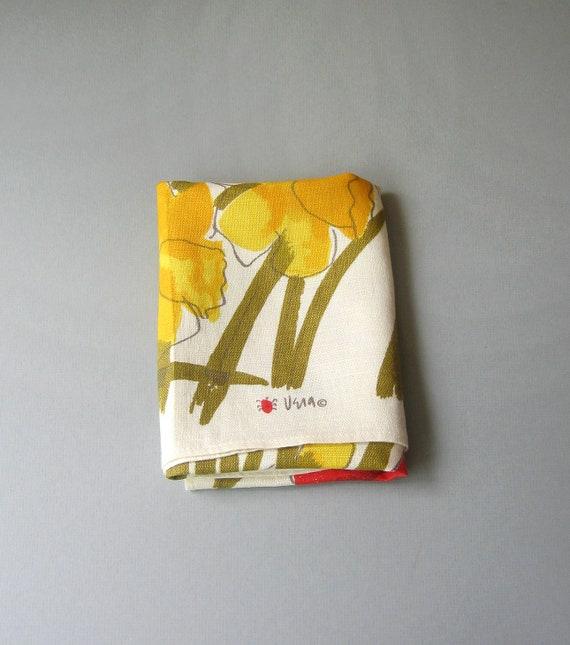 Vintage Vera Linen Tea Towel - Yellow Daffodils Red Tulips