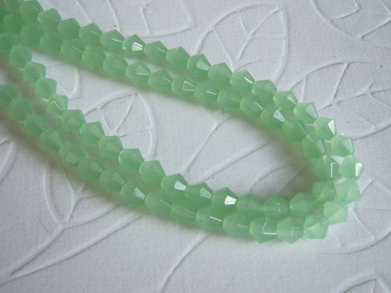 "Mint Green Faceted Glass Bicone Beads, 4mm, One 13"" Strand/Glass Beads/Small Glass Beads/Mint Glass Beads"