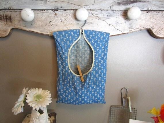 Clothespin Bag Laundry Bag Vintage Blue Clothesline Bag Farmhouse Decor Shabby Decor