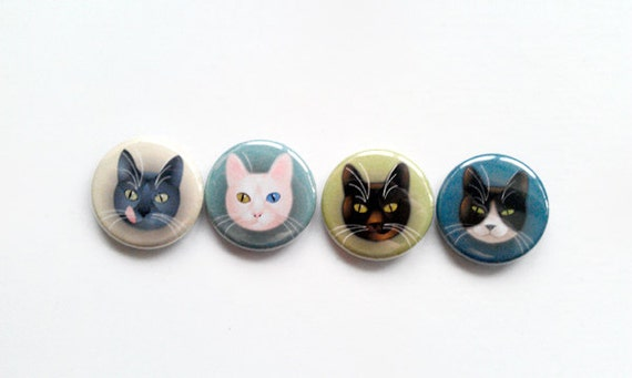 "fashion pinback buttons - 1 inch diameter - ""4 cats"""