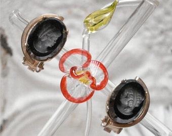 Black Glass Cameo Clip Earrings 3d Gold Tone