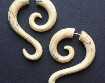 LUNETTE - Hand Carved Fake Gauges - Natural Tamarind Wood - Tribal Style Curl Earrings