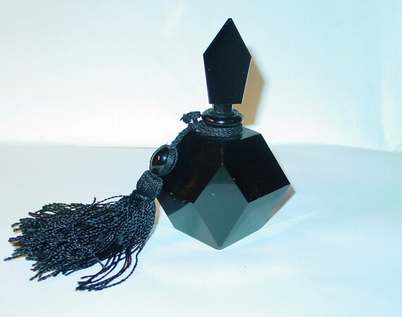 Retro Jet Black Glass Multi Facetted Glass Perfume Bottle with large Tassel