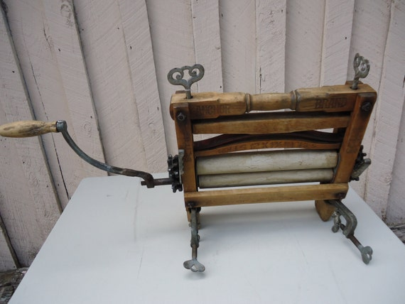 Antique Clothes Wringer Washer Anchor Brand Lovell Manufacturing 1800's Primitive SALE