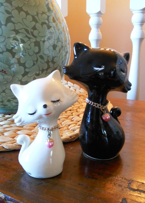 RESERVED Pair of Vintage Ceramic Cats in Black and White with Pink Pearl Collars
