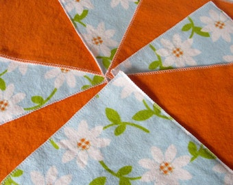 Diaper Wipes/Flannel Washcloths/Cloth Diaper Wipes for Baby, Daisy Flowers (10)