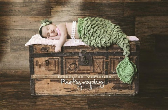 Black Friday - PDF Crochet Pattern Mermaid Tail - Cocoon or Tail - 0-6 Months - With Seashell Top
