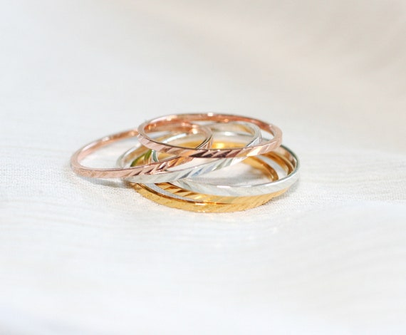 Set of 6  Swirl Texture Rings  2 of each color