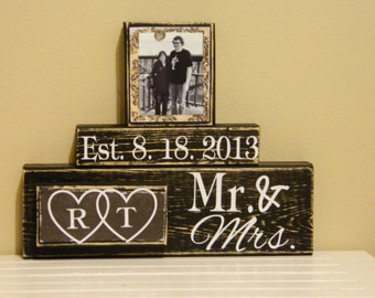 Wedding Gift, Wedding gift ideas, Wedding Present, Custom Sign, Bridal Shower Gift, Anniversary Gift, Mr and Mrs, Wedding Present, wedding