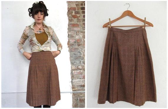 tweedle dee. vintage 60s tweed autumn skirt. size small/medium