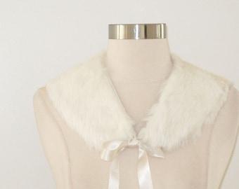 CLEARANCE, White Fur, Vintage Fur, Fur Collar, Rabbit Fur Collar, Vintage Fur Collar, Winter Wedding, Wedding Accessories, White