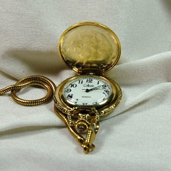 Ornate Vintage  Collezio Golfer Pocket Watch with Chain - Excellent Condition and Working