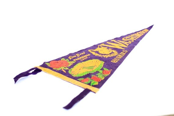 UW Washington Huskies Rose Bowl Pennant Banner