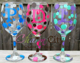 Personalized Wine Glasses 20 oz Bridemaids, Birthdays, Gifts, Wedding