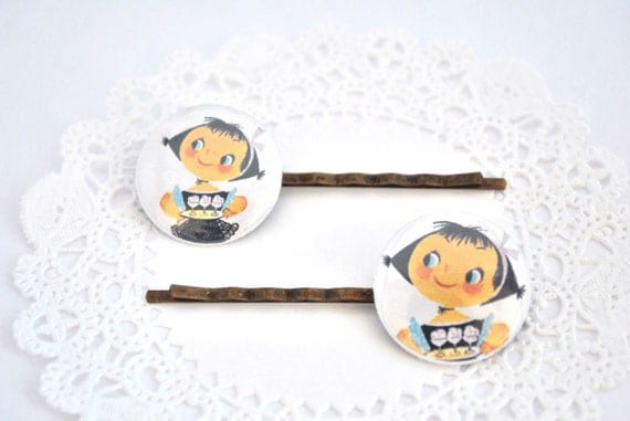 Bobby Pin Vintage Picture Sweet Waitress, Antique Brass, Glass cabochon